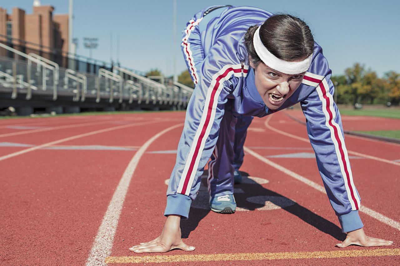 Knallgode grunner til at du bør begynne å løpe eller jogge. Kom deg i form. Bra hjertetrening. Jogging. Løping. Hvordan jogger jeg.